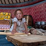 Mongolia. tsagaan Nuur lake in Tariat sum area  arkangai    / tsagaan Nuur lac. region de Tariat sum  arkangai  Mongolie  / L0009328
