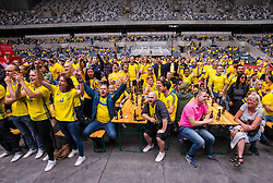 June 18, 2018 - Stockholm, SVERIGE - 180618 Fans pÃ¥ Tele2 Arena ser gruppspelsmatchen i fotbolls-VM mellan Sverige och Sydkorea den 18 Juni 2018 i Stockholm. (Credit Image: © Kenta JöNsson/Bildbyran via ZUMA Press)