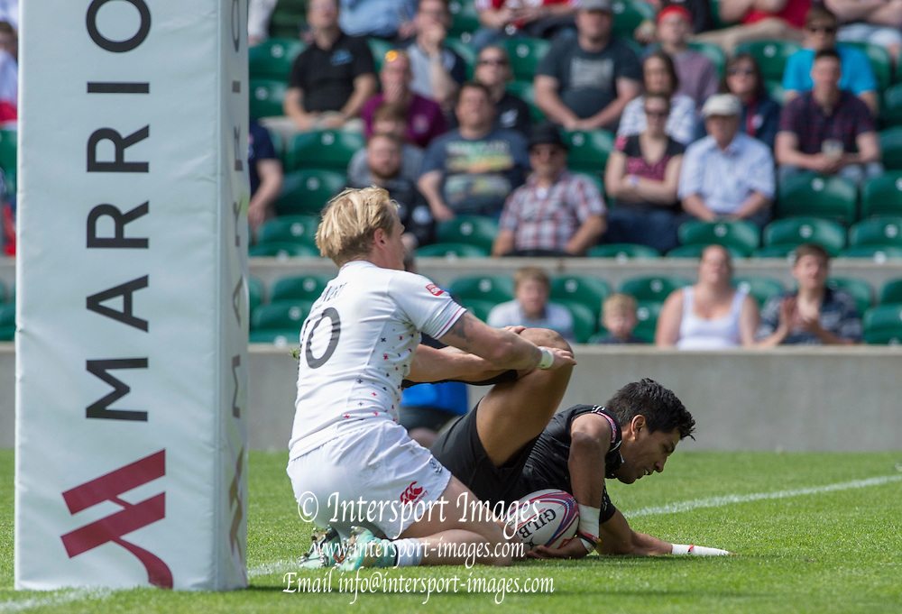 Twickenham, Great Britain, Dylan COLLIER touches down for NZL, during the Cup Quarter final  England vs New Zealand, Marriott London Sevens played at the  RFU Stadium, Twickenham, ENGLAND. Sunday 17.05.2015<br /> [Mandatory Credit; Peter Spurrier/Intersport-images]