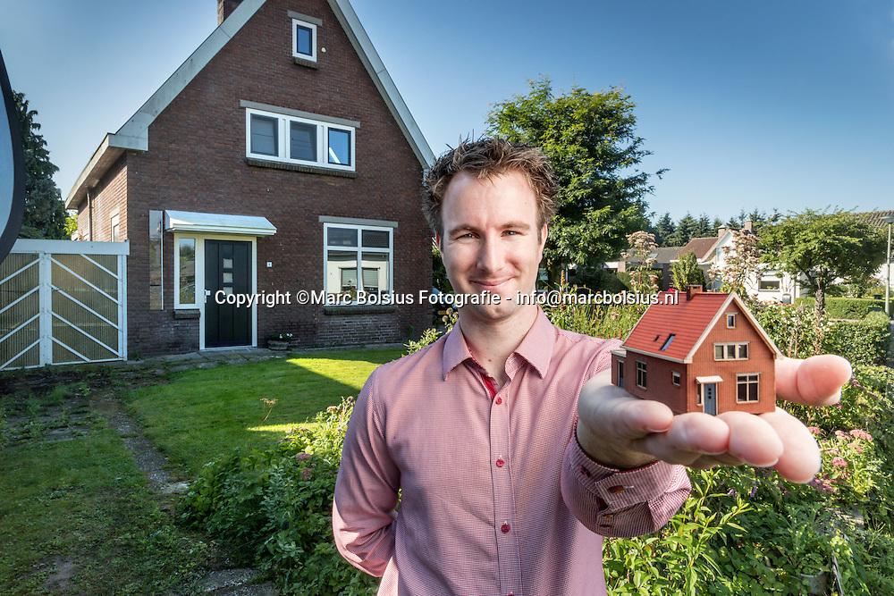Nederland,  Lennisheuvel, de ondernemer,rubriek de Doorzetter, Mark van t Hof maakt maquettes met een laserprinter.