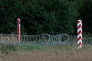 Zasieki z drutu kolczastego na granicy z Białorusią - 11.08.2021