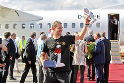 15.07.2014, Flughafen, München, GER, FIFA WM, Empfang der Weltmeister in Deutschland, Finale, im Bild Manuel Neuer #1 (Deutschland) // during Celebration of Team Germany for Champion of the FIFA Worldcup Brazil 2014 at the Flughafen in München, Germany on 2014/07/15. EXPA Pictures © 2014, PhotoCredit: EXPA/ Eibner-Pressefoto/ Kolbert<br /> <br /> *****ATTENTION - OUT of GER*****