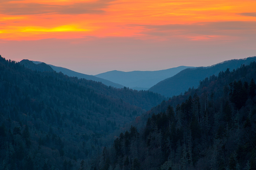 """Morton Overlook Sunset <br /> <br /> Available sizes:<br /> 18"""" x 12"""" print or canvas print<br /> <br /> See Pricing page for more information.<br /> <br /> Please contact me for custom sizes and print options including canvas wraps, metal prints, assorted paper options, etc. <br /> <br /> I enjoy working with buyers to help them with all their home and commercial wall art needs."""
