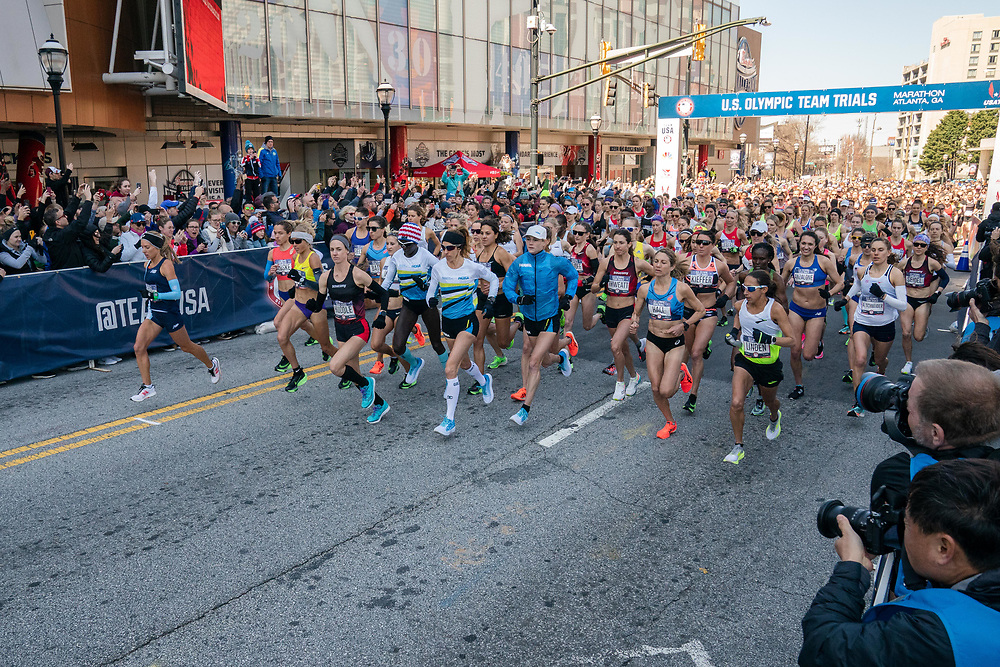 The field of women's runners start the 2020 U.S. Olympic marathon trials in Atlanta on Saturday, Feb. 20, 2020. Photo by Kevin D. Liles for The New York Times