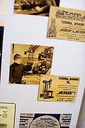 Historische Merkur Werbung aus der Zeit der Tschechoslowakei im Merkur Museum in Police nad Metuji.
