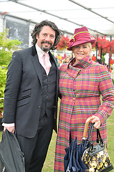 LAURENCE & JACKIE LLEWELYN-BOWEN at the 2015 RHS Chelsea Flower Show at the Royal Hospital Chelsea, London on 18th May 2015.