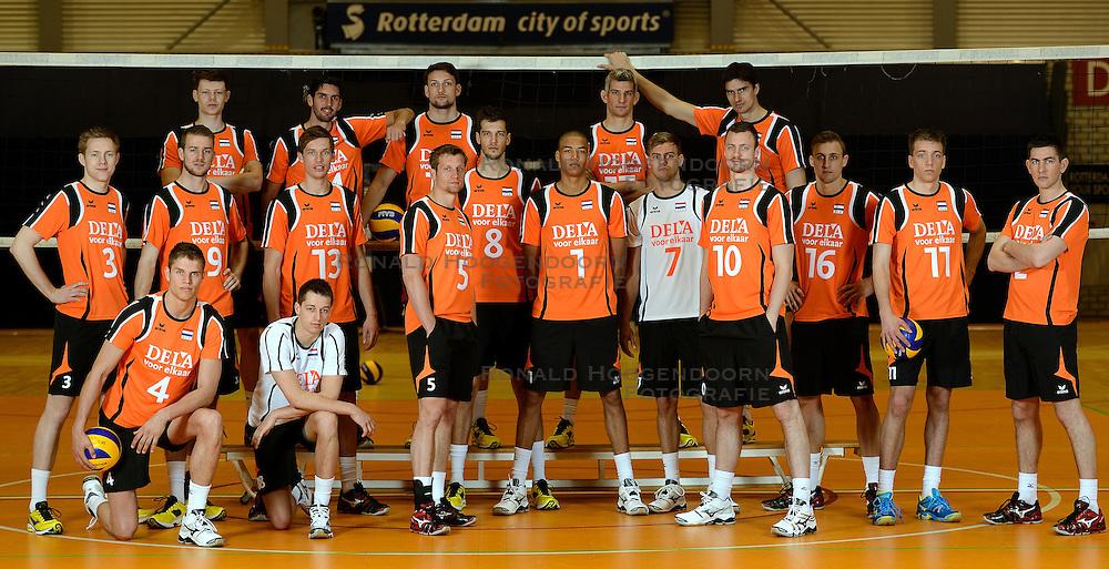 25-04-2013 VOLLEYBAL: NEDERLANDS MANNEN VOLLEYBALTEAM: ROTTERDAM<br /> Selectie Oranje mannen seizoen 2013-2014 / Teamfoto 2013 <br /> ©2013-FotoHoogendoorn.nl