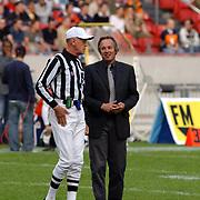 American Football, Amsterdam Admirals - Cologne Centurions, referee gerald Austin en Ton Alberda