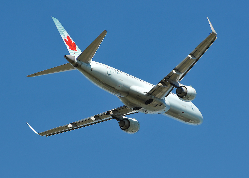 An Air Canada Embraer 190 Regional Jet takes off from Whitehorse