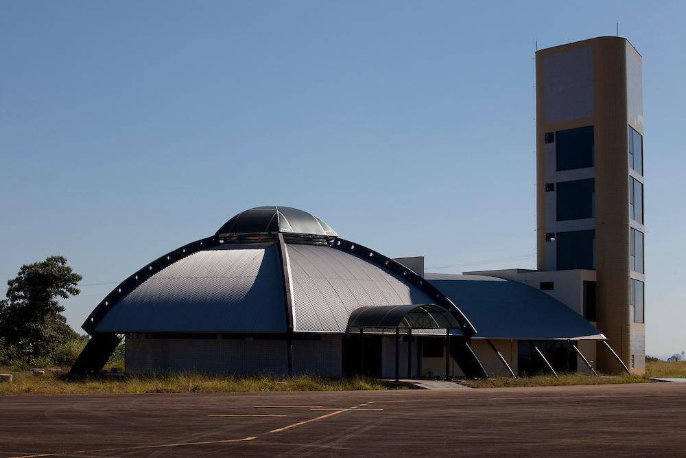Varginha_MG, Brasil...O novo terminal de passageiros do aeroporto da cidade de Varginha, Minas Gerais...The new passenger terminal at the airport from Varginha, Minas Gerais...Foto: LEO DRUMOND / NITRO