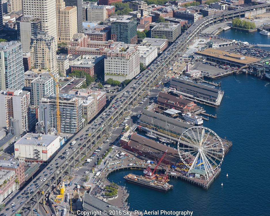 Elliott Bay Seawall Project under construction along Seattle's waterfront.