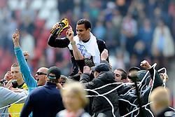 16-05-2010 VOETBAL: FC UTRECHT - RODA JC: UTRECHT<br /> FC Utrecht verslaat Roda in de finale van de Play-offs met 4-1 en gaat Europa in / Vreugde bij Utrecht met oa Michel Vorm en het Utrecht publiek<br /> ©2010-WWW.FOTOHOOGENDOORN.NL