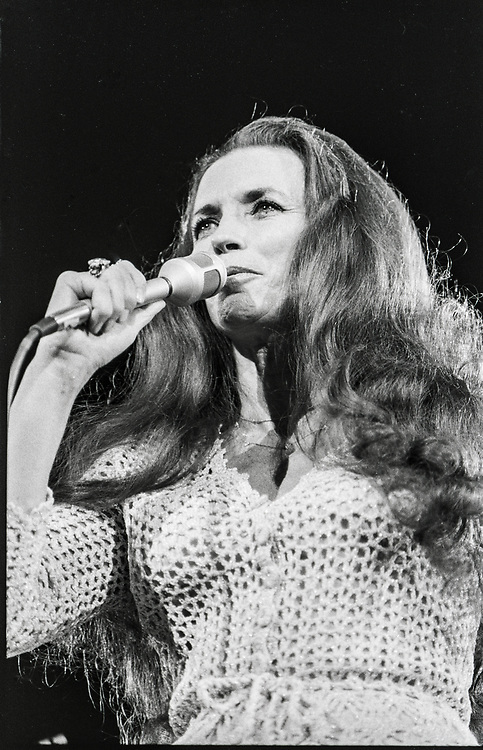 June Carter Cash performing with Johnny Cash in 1978 in Columbia, Missouri, with Carter Sisters.