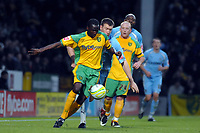 Photo: Ashley Pickering/Sportsbeat Images.<br /> Norwich City v Coventry City. Coca Cola Championship. 24/11/2007.<br /> Norwich loan signings Mo Camara (yellow L) and Matty Pattison (yellow R) keep the Coventry defence busy