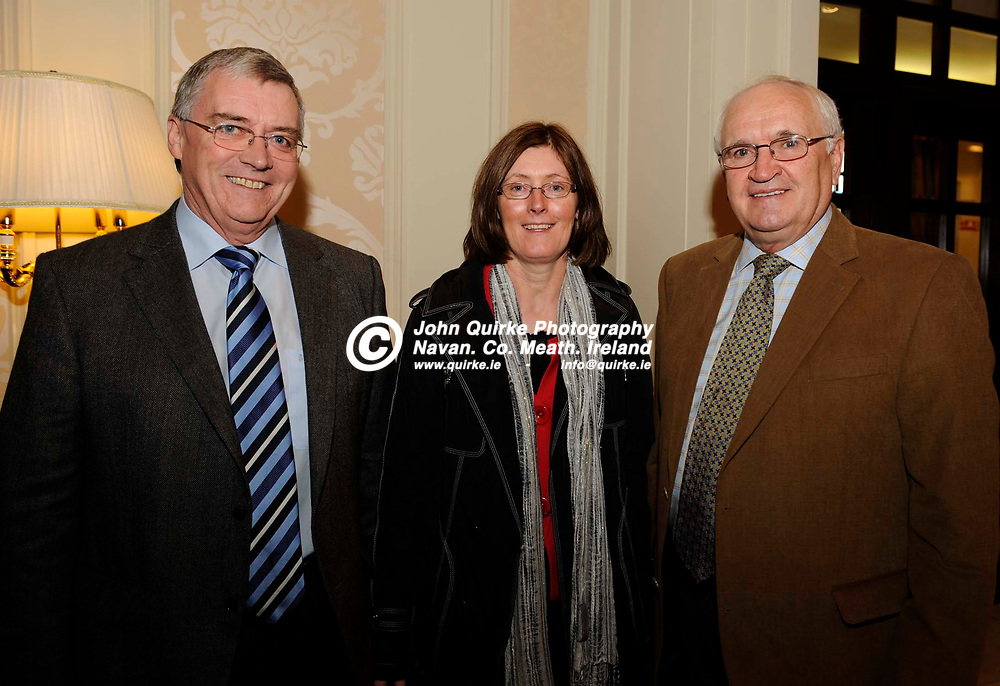 15-01-2010. Meath Chronicle/Cusack Hotel Group Sports Personalty of the Year awards 2009 presentations at the Knightsbrook Hotel, Trim.<br /> L to R: Eddie Canty, Patricia Lenehan and Oliver Perkins.<br /> Photo: John Quirke / www.quirke.ie<br /> ©John Quirke Photography, Unit 17, Blackcastle Shopping Cte. Navan. Co. Meath. 046-9079044 / 087-2579454.