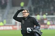 Deutschland, Hamburg. 12.02.16 2. Fussball Bundesliga Saison 2015/16 - 21. Spieltag FC St. Pauli - RasenBallsport Leipzig<br /> im Millerntorstadion<br /> <br /> Trainer Ewald Lienen (FC St. Pauli) <br /> <br /> © Torsten Helmke