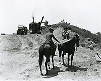 1923 Hollywoodland construction