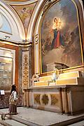 Interior shots of Buenos Aires Metropolitan Cathedral, Placa / Square de Mayo.