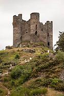 France massif central . ruins of Alleuze castle near the truyere river in cantal department, / les ruines du chateau d'alleuze dans le cantal, au bord de la riviere la truyere