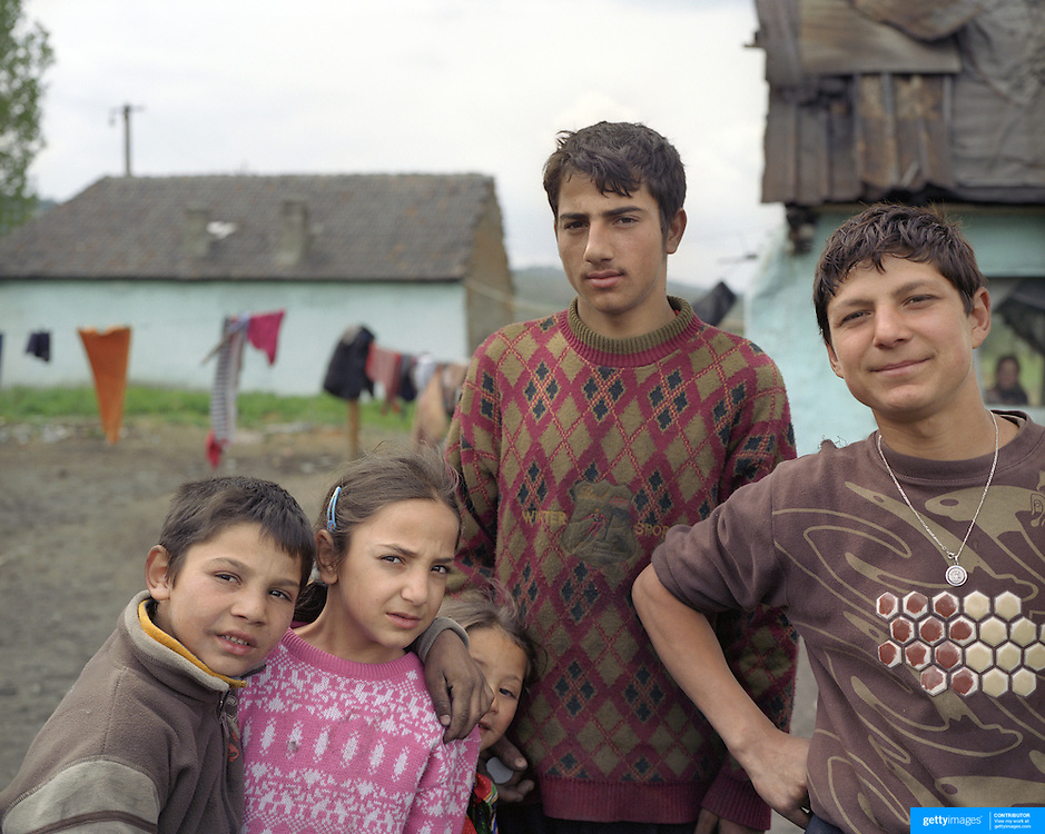 A gypsy community in Copsa Mica, Transylvania, Romania. 23rd July 2011. Photo Tim Clayton