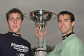 2002 0304 University Boat Race, Crew announcement, Putney. London.