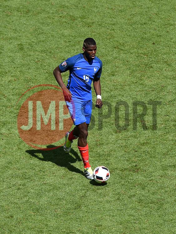 Paul Pogba of France  - Mandatory by-line: Joe Meredith/JMP - 26/06/2016 - FOOTBALL - Stade de Lyon - Lyon, France - France v Republic of Ireland - UEFA European Championship Round of 16