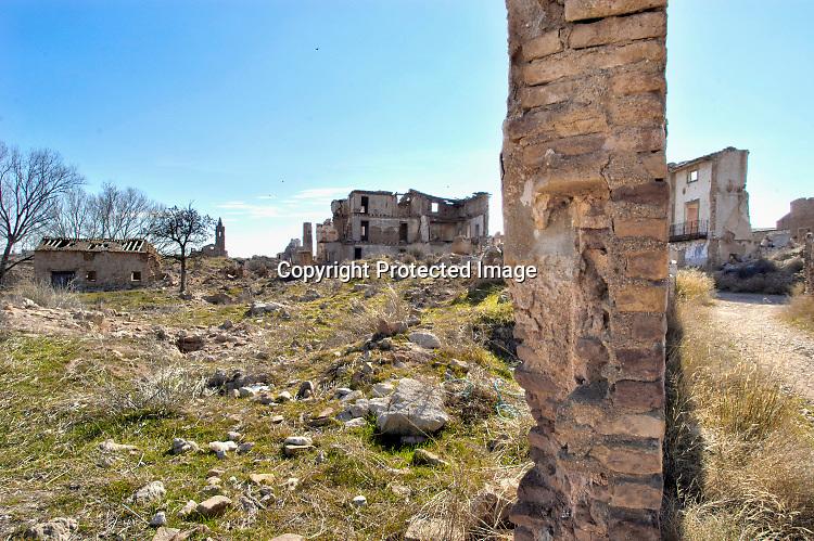 Spanje, Belchite, 8-10-2017Het stadje Belchite werd op 21 juli 1937 in de Spaanse burgeroorlog verwoest door de troepen van Franco. Het is als monument bewaard gebleven . Foto: Flip Franssen