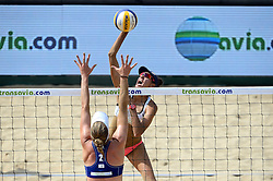 18-07-2014 NED: FIVB Grand Slam Beach Volleybal, Scheveningen<br /> Knock out fase - Taliqua Clancy AUS