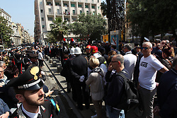 April 25, 2018 - Naples, April 25 - This morning in Piazza Charità at the monument to the Carabinieri Salvo D'Acquisto the city authorities, the mayor Luigi De magistris, the prefect Carmela Pagano, the interregional commander of the carabinieriVittorio Tomasone, the representative of the partisans Gennaro Di Paola, desposed crowns for the memory of the fallen during the Second World War. (Credit Image: © Fabio Sasso via ZUMA Wire)