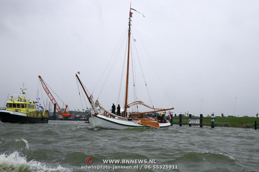 NLD/Lelystad/20180614 - Prinses Beatrix aanwezig bij de viering 100 jaar Zuiderzeewet in Biddinghuizen en Lelystad,