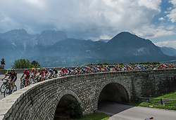 07.07.2017, St. Johann Alpendorf, AUT, Ö-Tour, Österreich Radrundfahrt 2017, 5. Etappe von Kitzbühel nach St. Johann/Alpendorf (212,5 km), im Bild das Feld am Iselsberg, Osttirol // the peleton climbs the Iselsberg during the 5th stage from Kitzbuehel to St. Johann/Alpendorf (212,5 km) of 2017 Tour of Austria. St. Johann Alpendorf, Austria on 2017/07/07. EXPA Pictures © 2017, PhotoCredit: EXPA/ Reinhard Eisenbauer