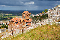Albanie, province de Berat, ville de Berat, la ville aux mille fenêtres, patrimoine mondial de l'Unesco // Albania, Berat province, Berat city, Unesco world heritage