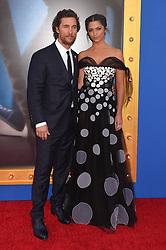 Matthew McConaughey; Camila Alves bei der Premiere von Sing in Los Angeles / 031216