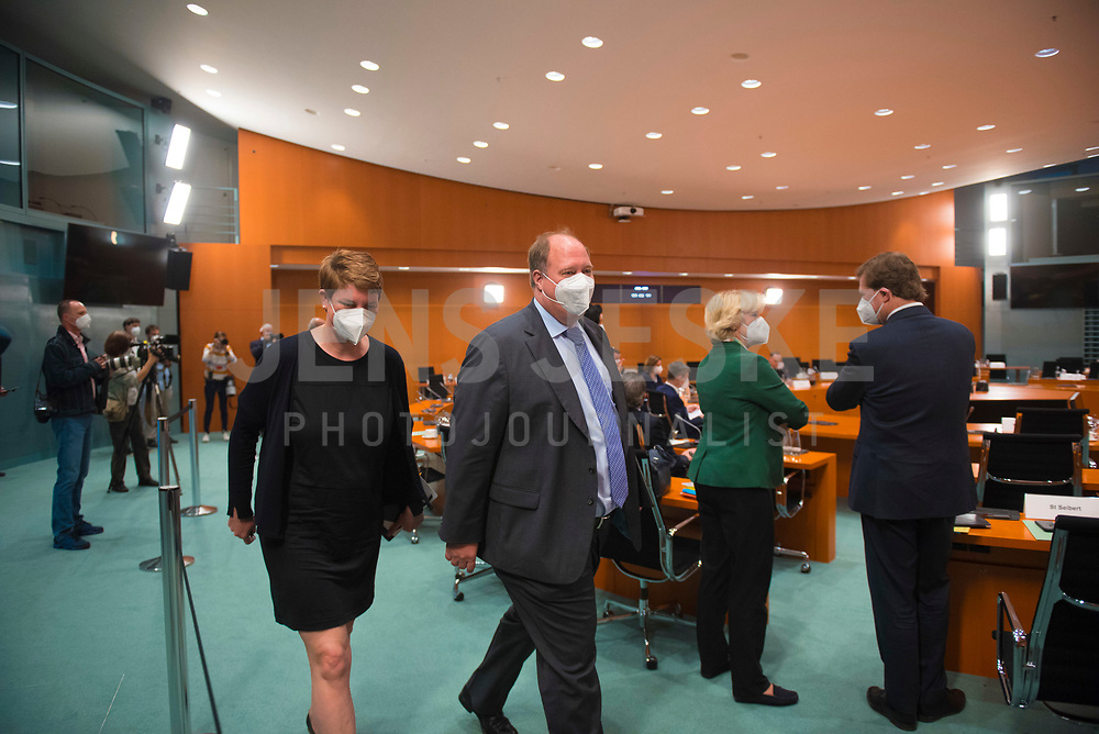 DEU, Deutschland, Germany, Berlin, 30.06.2021: Kanzleramtsminister Helge Braun (CDU) vor Beginn der 148. Kabinettsitzung im Bundeskanzleramt.