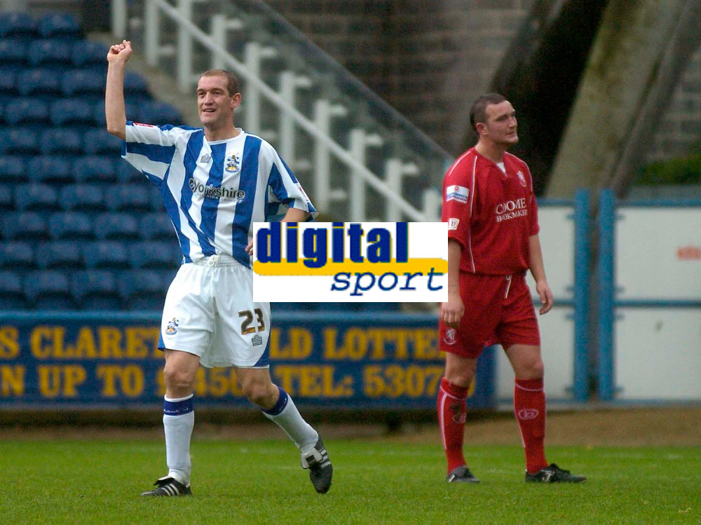 Photo: Glyn Thomas.<br />Huddersfield Town v Welling United. The FA Cup. 06/11/2005.<br />Huddersfield's Andrew Booth celebrates giving his team a 1-0 lead.
