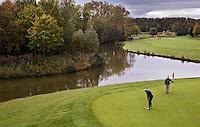 NUMANSDORP - Hole 7. Golfclub Cromstrijen. COPYRIGHT KOEN SUYK