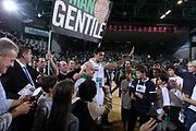 DESCRIZIONE : Treviso Lega A 2011-12 Benetton Treviso Banco di Sardegna Sassari<br /> GIOCATORE : Alessandro Gentile<br /> SQUADRA : Benetton Treviso Banco di Sardegna Sassari<br /> EVENTO : Campionato Lega A 2011-2012 <br /> GARA : Benetton Treviso Banco di Sardegna Sassari<br /> DATA : 17/12/2011<br /> CATEGORIA : Ritratto<br /> SPORT : Pallacanestro <br /> AUTORE : Agenzia Ciamillo-Castoria/G.Contessa<br /> Galleria : Lega Basket A 2011-2012 <br /> Fotonotizia : Treviso Lega A 2011-12 Benetton Treviso Banco di Sardegna Sassari<br /> Predfinita :