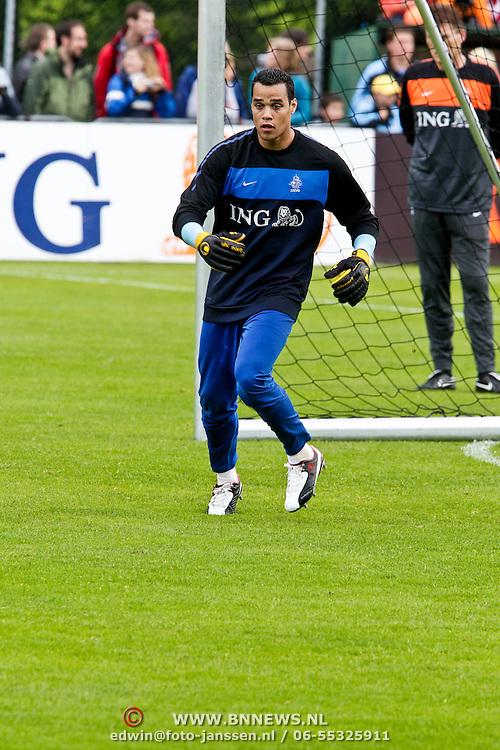 AUS/Seefeld/20100529 - Training NL Elftal WK 2010, keeper Michel Vorm