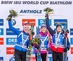 24.01.2019, Suedtirol Arena, Antholz, ITA, IBU Weltcup Biathlon, Sprint, Damen, im Bild v.l.: Kaisa Makarainen (FIN), Marketa Davidova (CZE), Marte Olsbu Roeiseland (NOR) // f.l.: Kaisa Makarainen of Finland Marketa Davidova of Czech Republic and Marte Olsbu Roeiseland of Norway during women' s Sprint of BMW IBU Biathlon World Cup at the Suedtirol Arena in Antholz, Italy on 2019/01/24. EXPA Pictures © 2019, PhotoCredit: EXPA/ Stefan Adelsberger