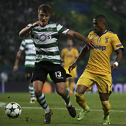 October 31, 2017 - Na - Lisbon, 31/10/2017 - Champions League: Sporting vs Juventus. Sporting Clube de Portugal (POR) received this evening at the Alvalade XXI stadium in Lisbon, Juventus FC (ITA) in the match for Group 4 of the 2017/2018 Champions League. Stefan Ristovski, Douglas Costa  (Credit Image: © Atlantico Press via ZUMA Wire)