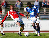 Harald Stormoen, Kongsvinger. Paulo Dos Santos, Aalesund. <br /> <br /> Fotball: Kongsvinger - Aalesund 2-2 (5-2 e. straffer). NM 2004 herrer, 3. runde. 8. juni 2004. (Foto: Peter Tubaas/Digitalsport.