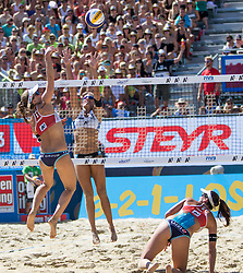 30.07.2016, Strandbad, Klagenfurt, AUT, FIVB World Tour, Beachvolleyball Major Series, Klagenfurt, Herren, im Bild Nadine Zumkehr (1, SUI), Joana Heidrich (2, SUI) vorne, Ana Gallay (1, ARG) hinten // during the FIVB World Tour Major Series Tournament at the Strandbad in Klagenfurt, Austria on 2016/07/30. EXPA Pictures © 2016, PhotoCredit: EXPA/ Lisa Steinthaler