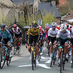 04-04-2021: Wielrennen: Ronde van Vlaanderen (Mannen): Oudenaarde <br />Wout van Aert; Julian Alaphillipe; Peter Sagan