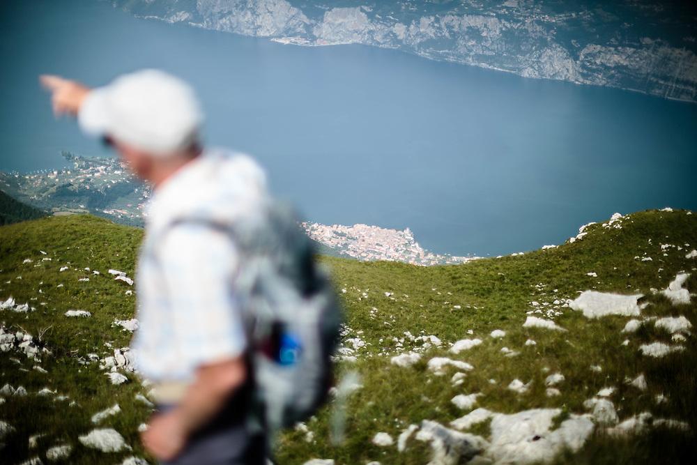 21 JUN 2012 - Malcesine (VR) - Lago di Garda - Il paese visto dal Monte Baldo.