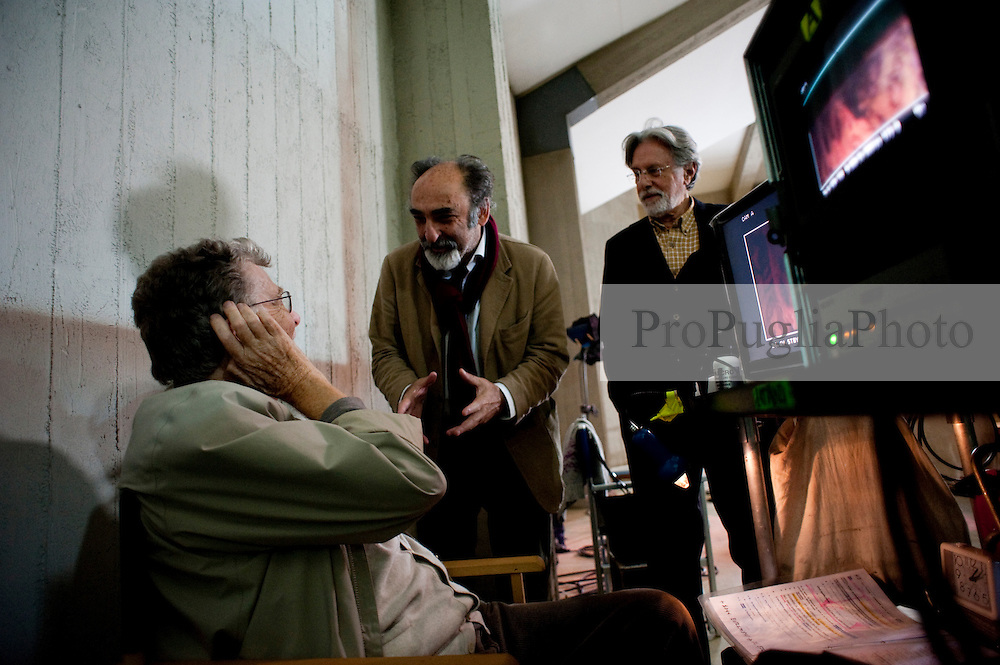 IL VILLAGGIO DI CARTONE.REGIA ERMANNO OLMI.BARI 19 Novembre 2010.
