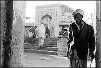 Inde. Rajasthan. Ajmer. Tombe de Muihuddine Chisti, grand saint soufi. // India. Rajasthan. Ajmer. Tomb of Chisti, a great soufi saint.
