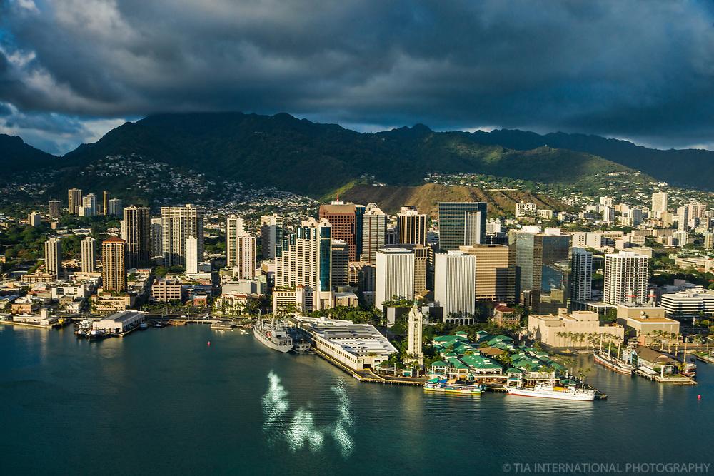 Honolulu City Centre & Honolulu Harbour