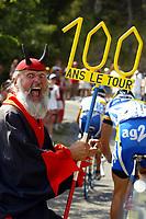 Sykkel<br /> Tour de France 2003<br /> Foto: Digitalsport<br /> <br /> NORWAY ONLY<br /> <br /> CYCLING - TOUR DE FRANCE 2003 - STEP9 - BOURG D'OISANS > GAP - 14072003 - PHOTO: ERIC LALMAND / PHOTO NEWS / DPPI<br /> AMBIANCE EL DIABLO