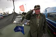 9. Herbst Treffen der Trabant Fahrer zum traditionellen Ausklingen der Auto Saison 2007 in Prag. Jan Bures (67) mit seinem Militär Trabbi. Ein halbes Jahrhundert ist vergangen, seit 1957 die Nullserie des Trabant P50 die Werkhallen in Zwickau verliess. Bis 1991 wurden über 3 Millionen Trabant produziert, der Trabant gehörte über Jahrzehnte zum Straßenbild vieler europäischer Länder.<br /> <br /> 9th Trabant driver meeting and end of the car season 2007 in Prague. Trabi fan Jan Bures (67) with his military model.