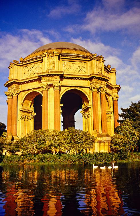 Palace of Fine Arts, San Francisco, California USA